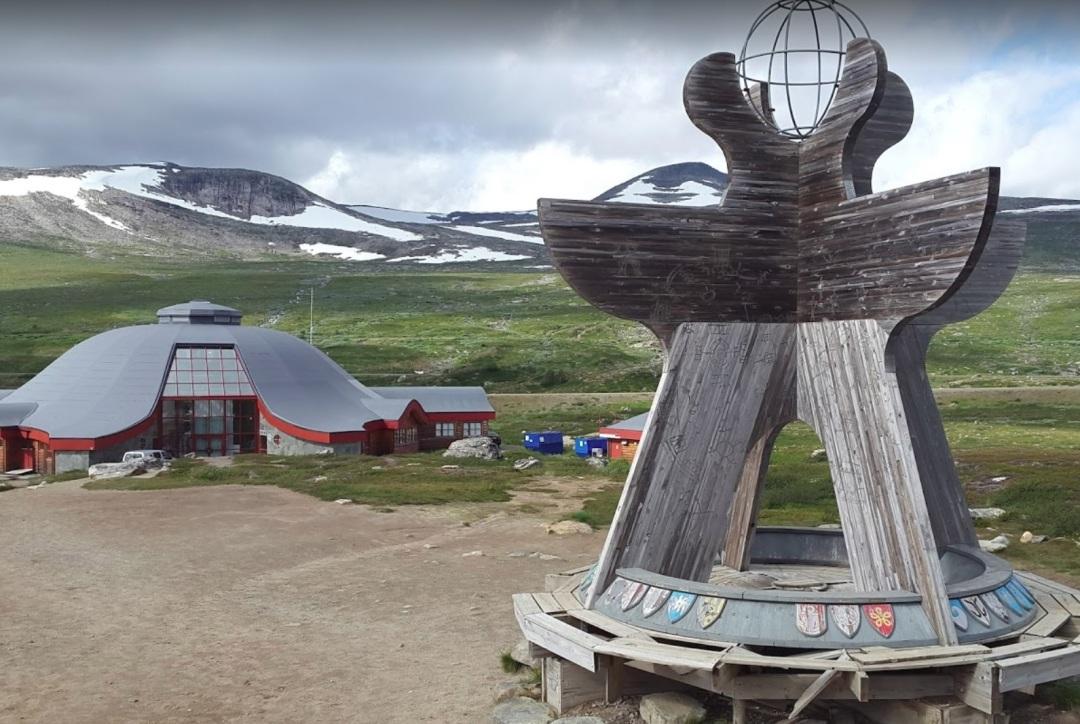 arctic-circle-1